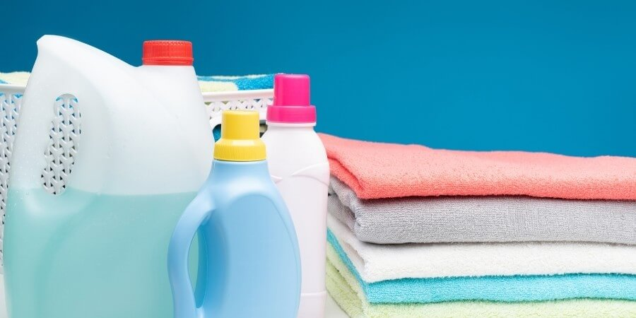difference between front load detergent and top load detergent featured image